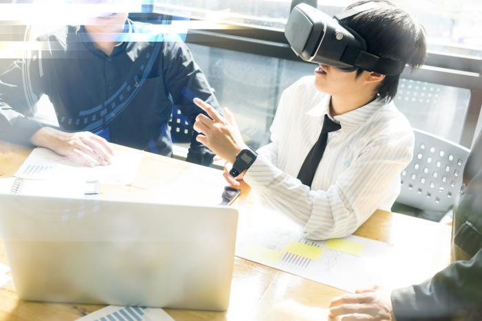 Using Virtual Reality for Business